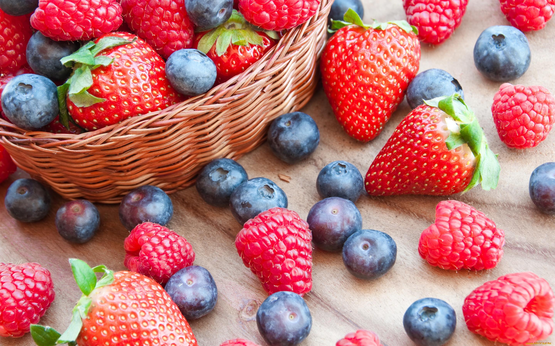 Картинки на рабочий стол с ягодами и фруктами